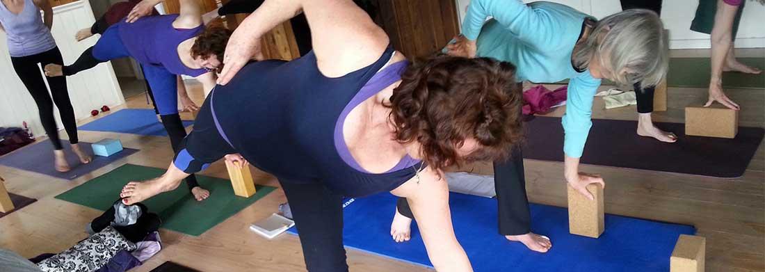 summer-yoga-apollo-bay-foreshore